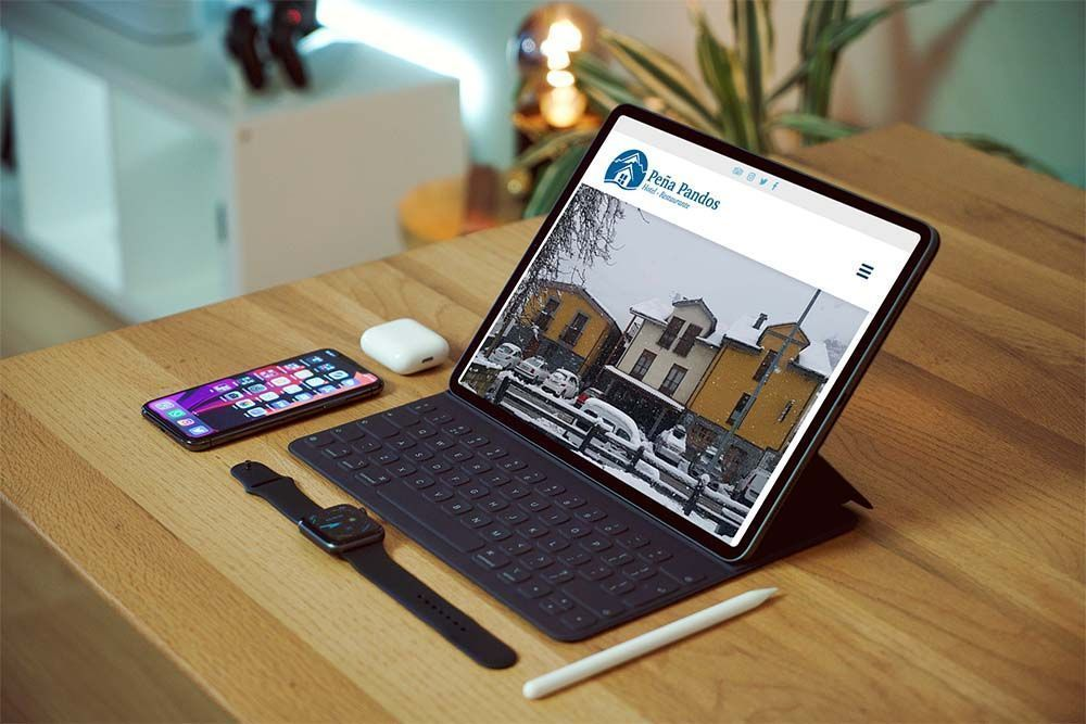 Diseño web Hotel Peña Pandos iPad