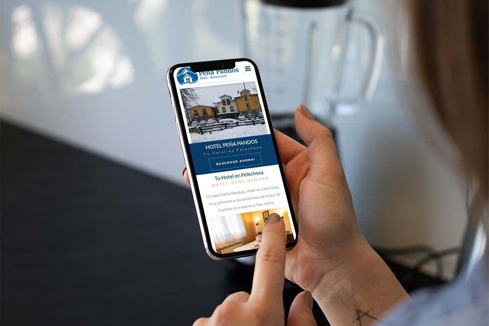 diseño web hotel peña pandos iPhone