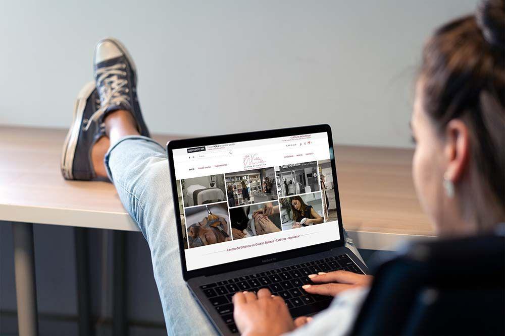 Diseño Tienda Online Woocommerce Valle Morilla Responsive MacBook