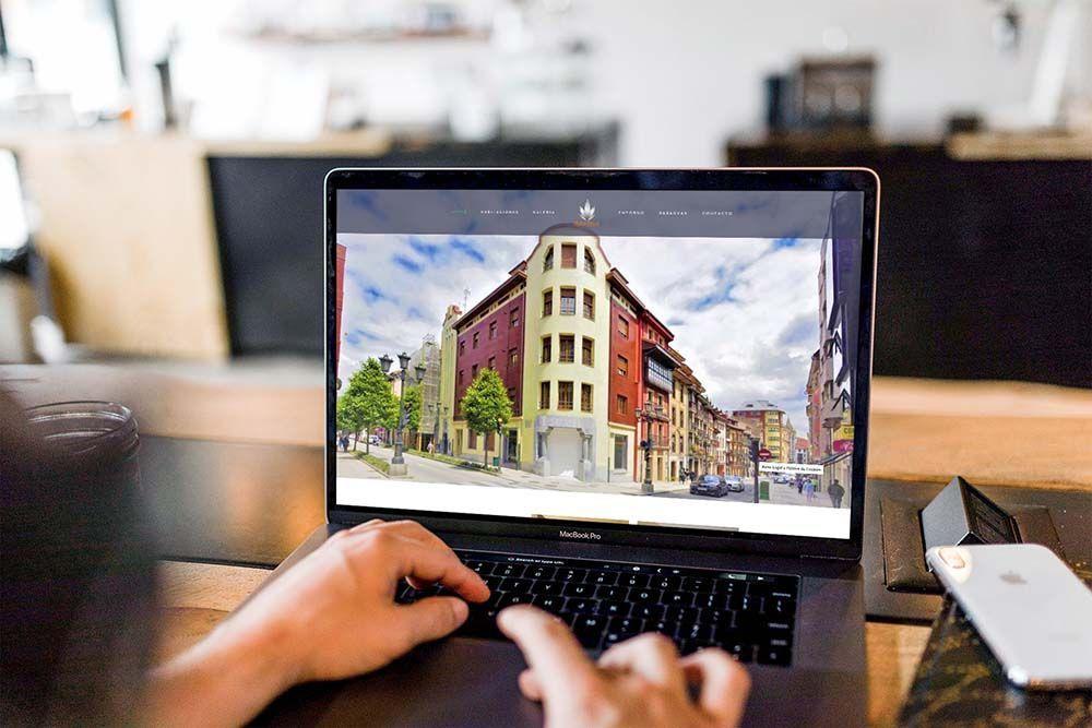 Diseño web hotel el Rosal MacBook
