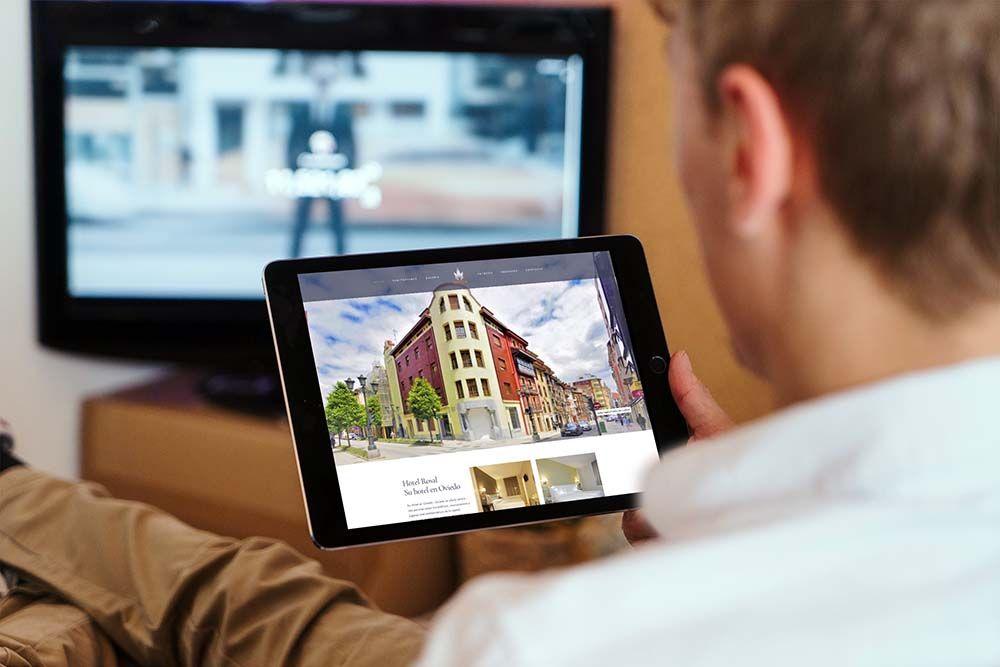 Diseño web hotel el Rosal iPad