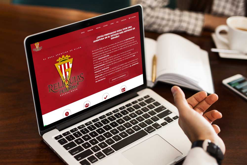Diseño página web Escape Room Sporting de Gijón MacBook
